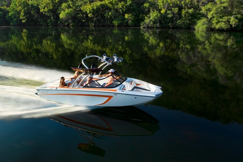 яхты спортивные лодки катера